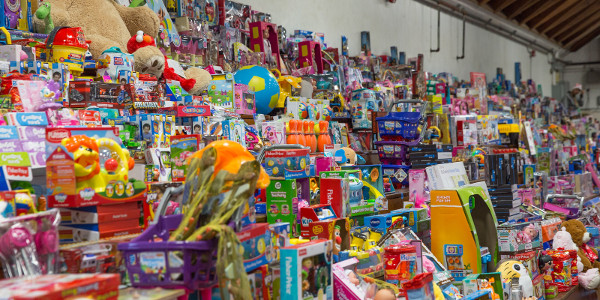 Thousands of toys donated